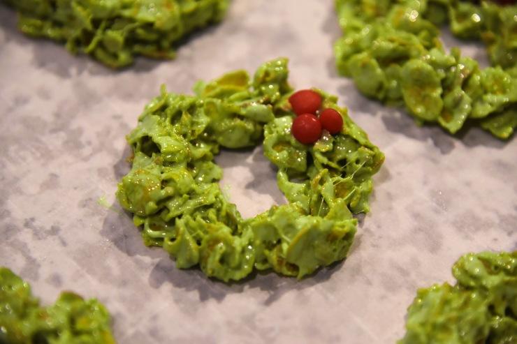 Wild + You | Christmas Cornflake Wreath Treats